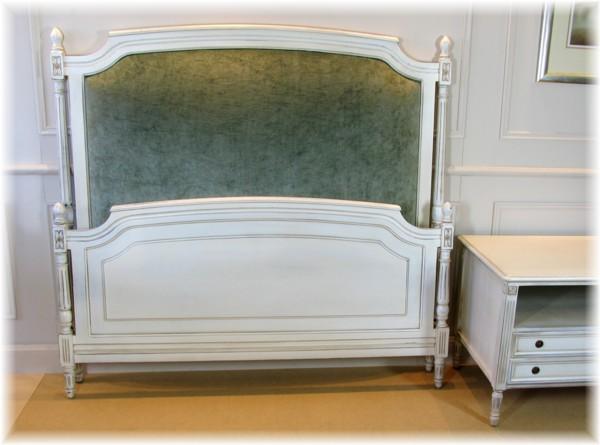 Art 1605 Bed