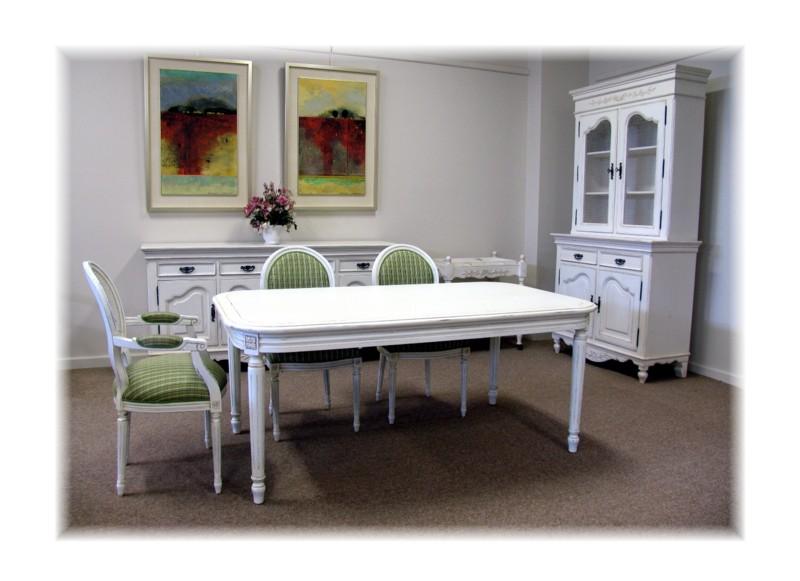 Art 1644 LXVI Dining Setting
