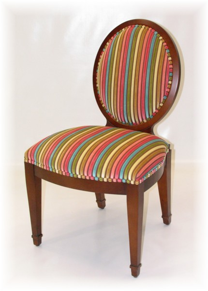 Art 716 Side Chair