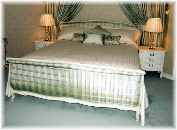 L15 Bed Room