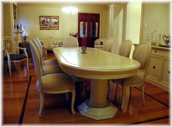 L16 Dining Room